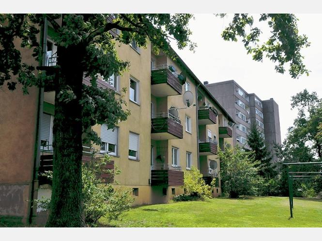 berliner immobilienfirma kauft 330 wohnungen im westen und. Black Bedroom Furniture Sets. Home Design Ideas