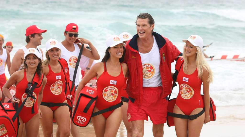 David Hasselhoff posiert am Bondi Beach in Australien