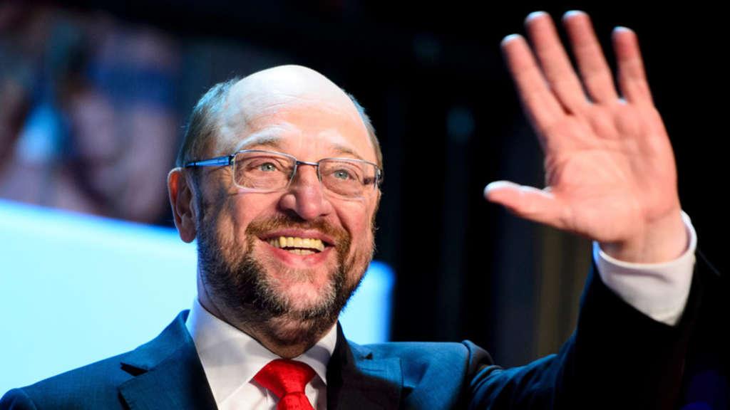 Listenplatz 1 für die Bundestagswahl | NRW-SPD kürt Schulz mit 100 Prozent