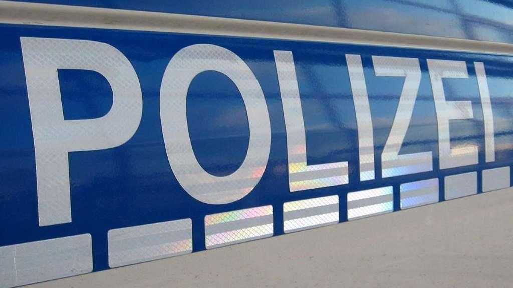 Polizei setzt nach schwerem Unfall Hund gegen Gaffer ein