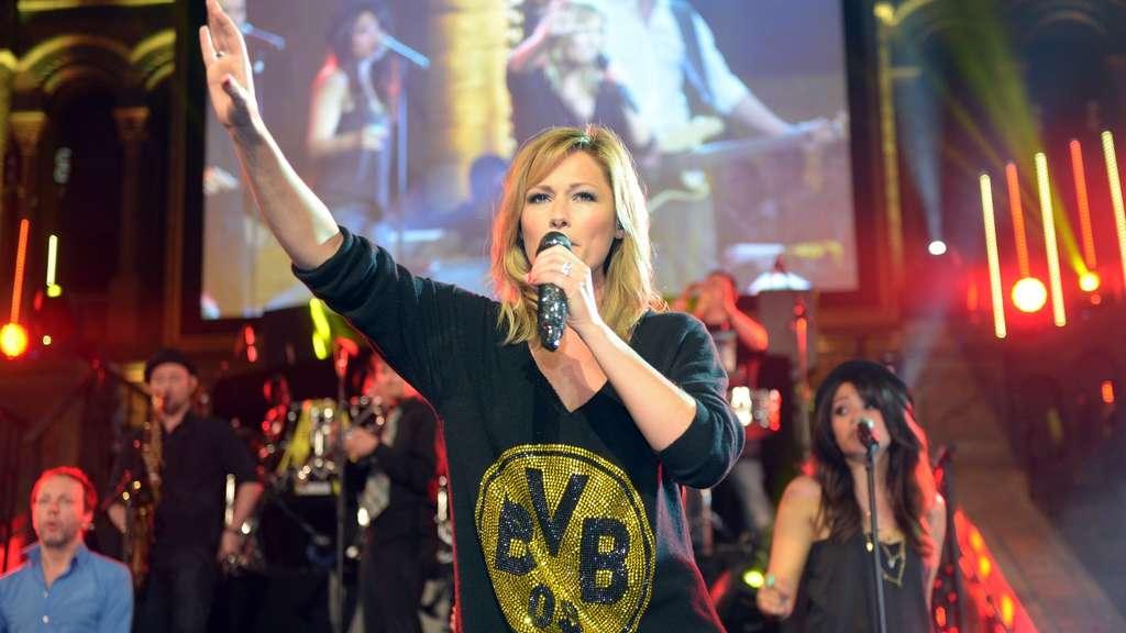 Helene Fischer gibt Konzert für 800 Fans