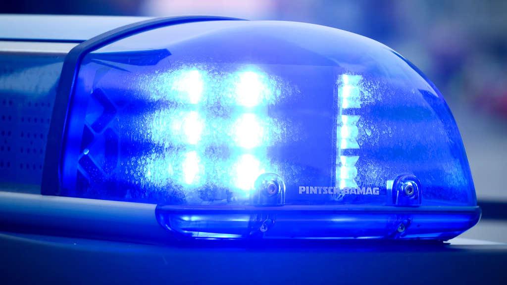 Im Haus zusammengebrochen Elfjähriger lebensgefährlich verletzt - Onkel festgenommen