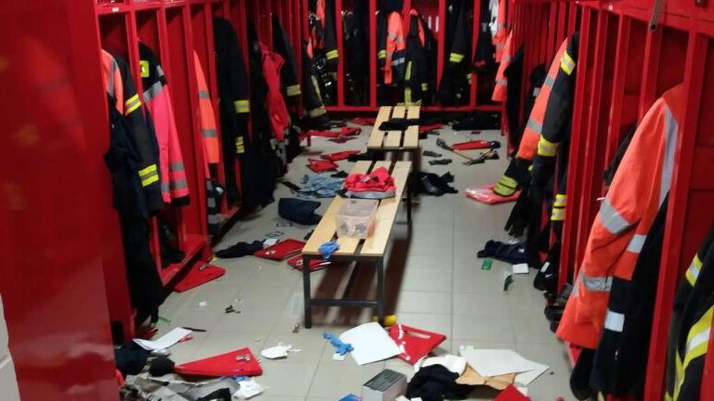 Mann verwüstet Feuerwehrwache in Hagen