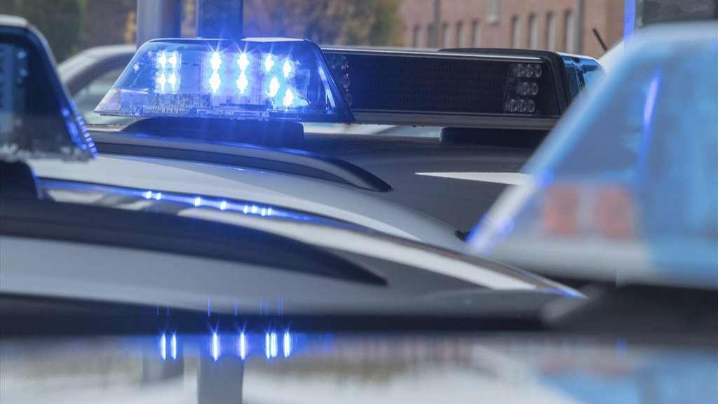 35-Jährige umgebracht - Kind ruft die Polizei