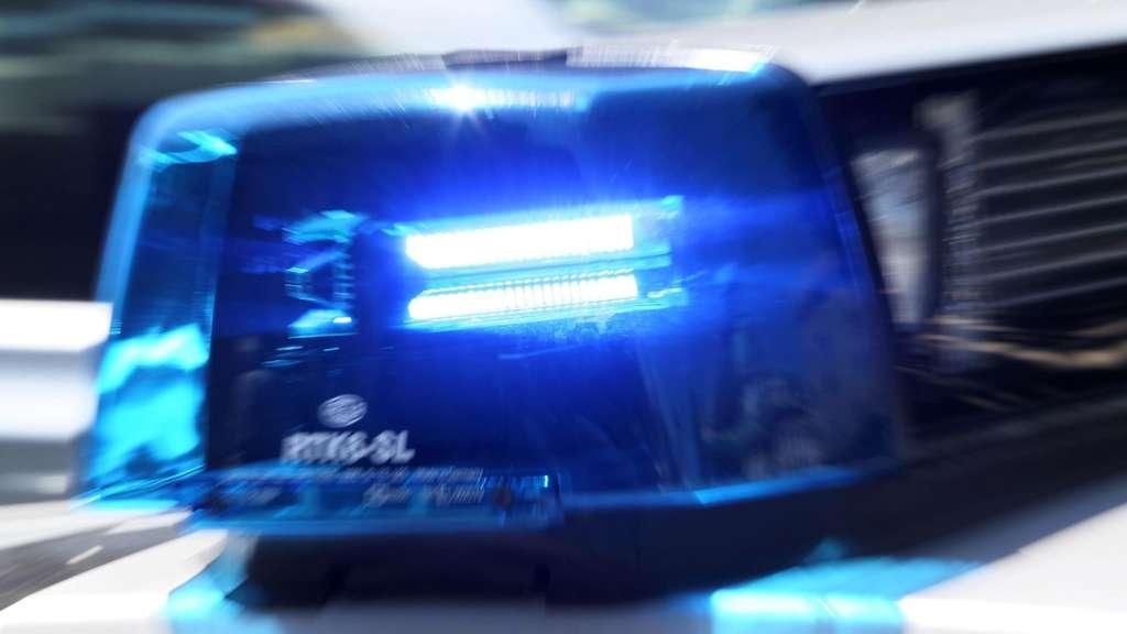 Großalarm an der Hamburger Stadtteilschule | Reizgas-Attacke - 16 Schüler behandelt
