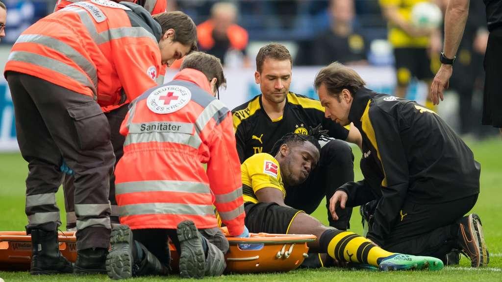 BVB-Star im Derby verletzt Knöchelbruch-Verdacht bei Batshuayi!