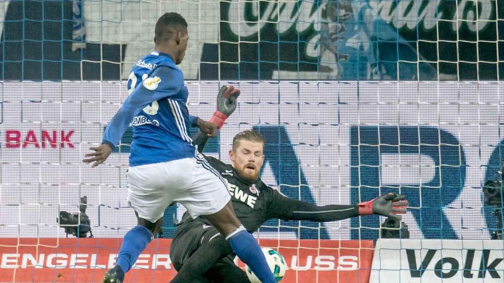 Schalke verschenkt Sieg: Risses Strahl trifft S04 kurz vor Schluss
