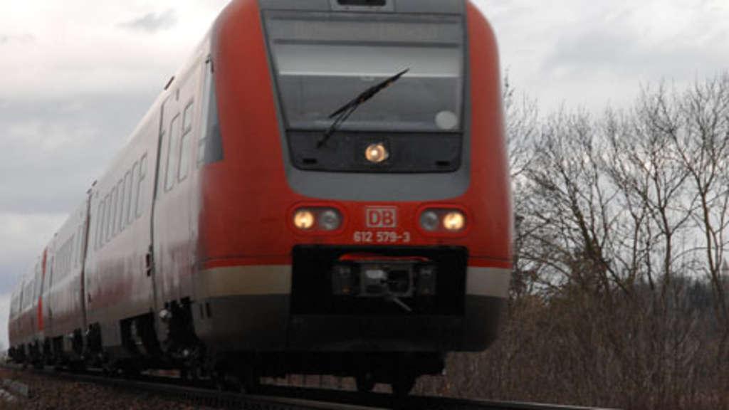ROUNDUP 2/Bahn-Warnstreiks: Fernverkehr eingestellt, Regionalverkehr betroffen