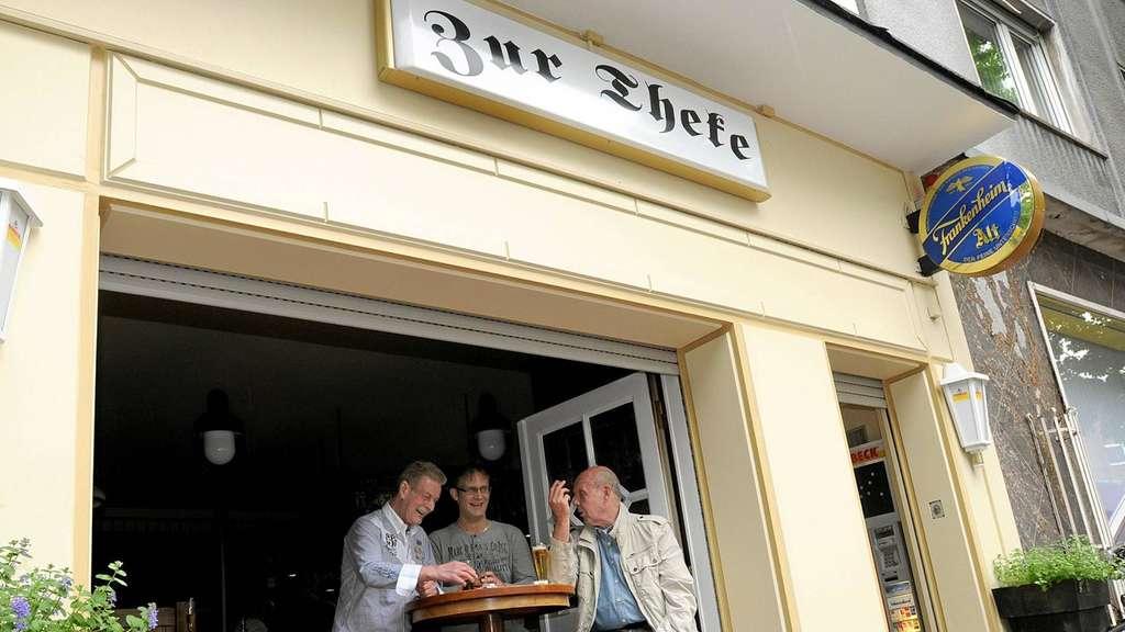 Das Rauchverbot führt bei Wirten in Hamm zu Kosten durch außen ...