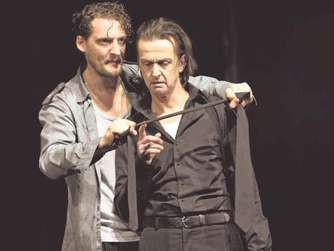 "David Bösch inszeniert Shakespeares ""Othello"" in Bochum"