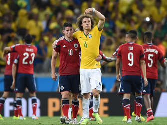 James Rodriguez/David Luiz