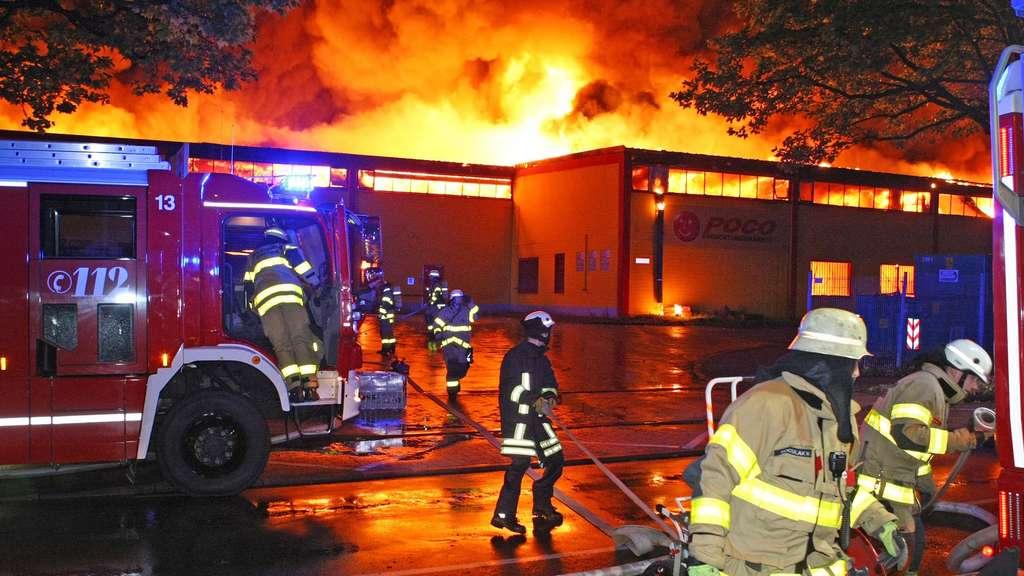 Brandanschläge in Aachen und Köln Polizei fasst Poco