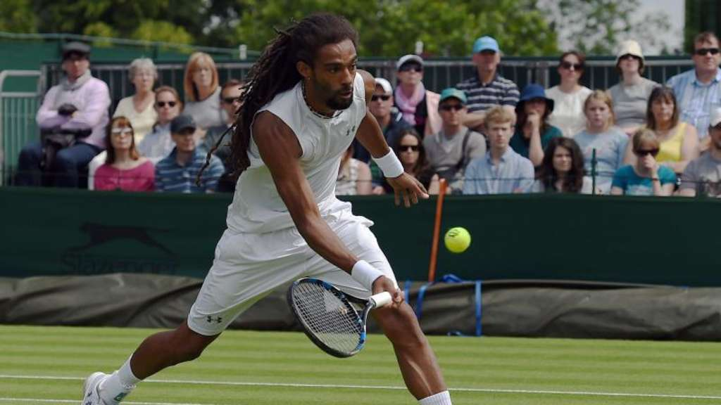 Dustin Brown steht in Wimbledon in der zweiten Runde. Foto: Andy Rain