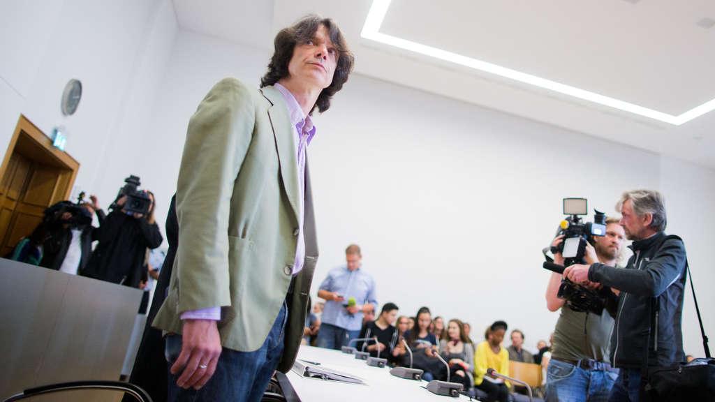 Ordnungsdienst klassenzimmer  Schüler gegen Lehrer: Konflikt im Klassenzimmer landet vor Gericht ...