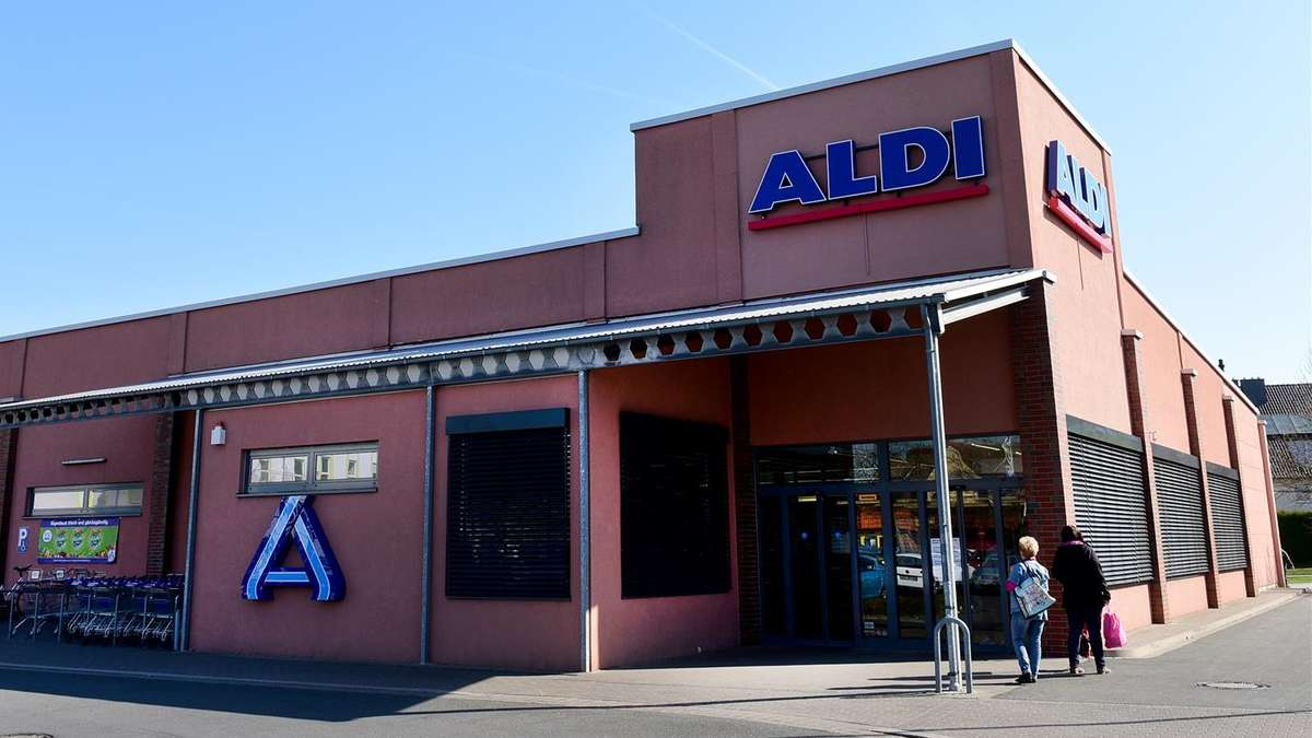 aldi markt im maxi center hamm werries nach feuer weiter geschlossen erhebliche sch den uentrop. Black Bedroom Furniture Sets. Home Design Ideas
