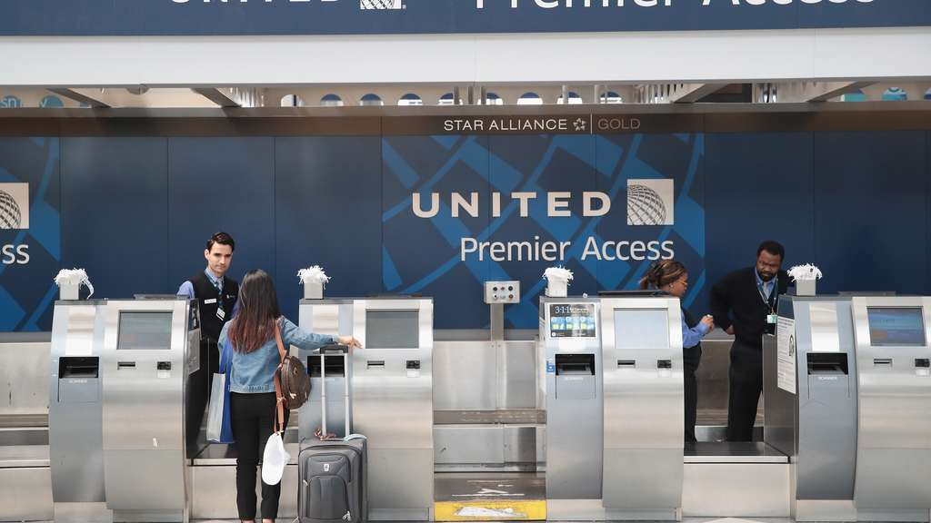 Protests At O&#39Hare Airport&#39s United Terminal Over Company&#39s Forceful Removal Of Passenger