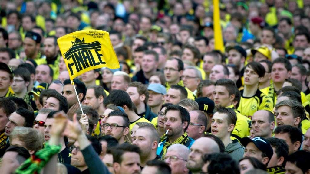 Borussia Dortmund Hat Die Tickets Für Das Dfb Pokal Finale In Berlin