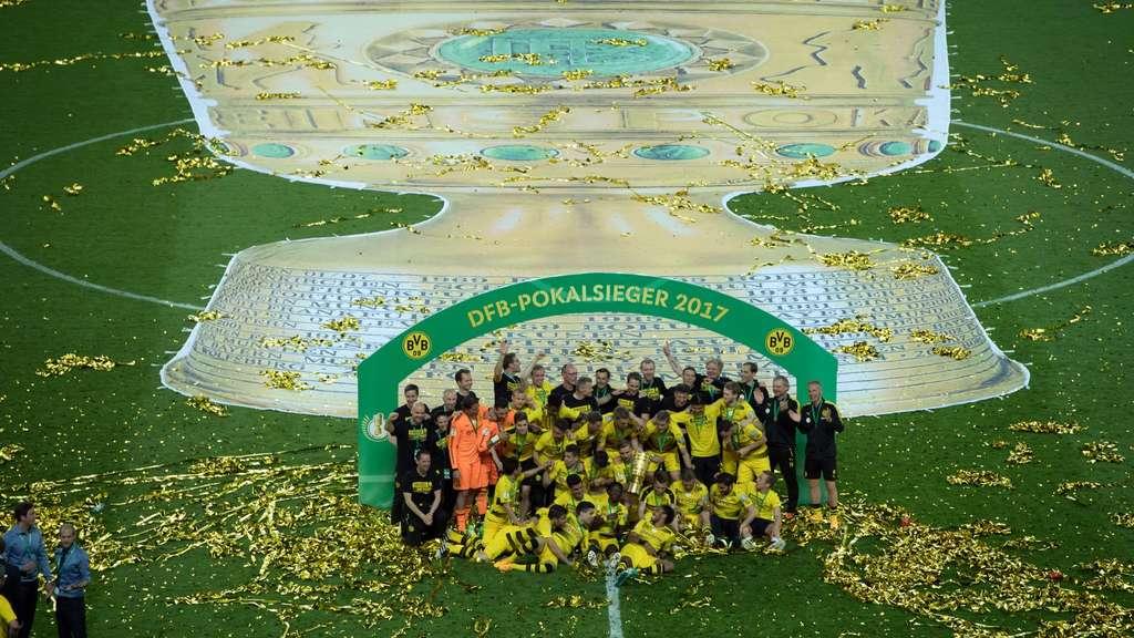 Termin Für Dfb Pokal Spiel Des Bvb Beim 1 Fc Magdeburg Steht Bvb 09