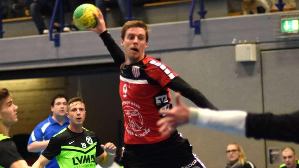 Kapitän Dennis Geckert möchte mit dem RSV auch im zweiten Landesliga-Jahr nach dem Aufstieg wieder obenauf sein - Foto: Boris Baur