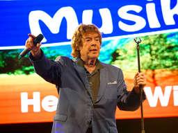 Tony Marshall Und Die Wildecker Herzbuben Beim Musikstadl In Den