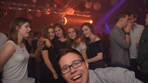 Staberger Gymnasiasten feiern Stufenparty