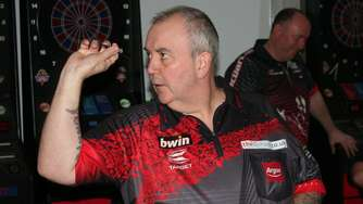 "Darts-Legende Phil ""The Power"" Taylor in Drensteinfurt"