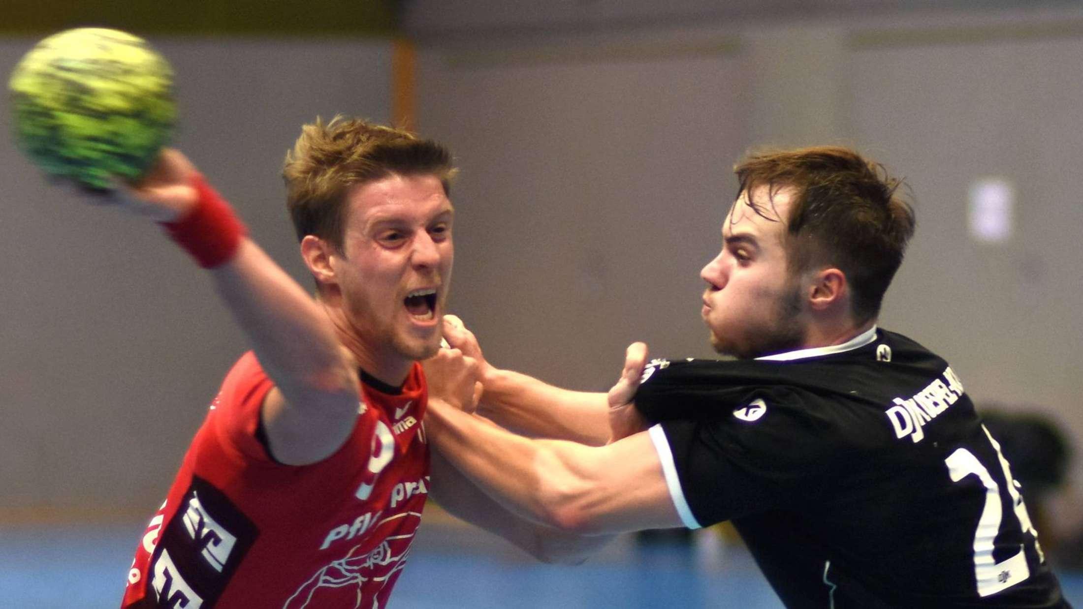 Mit purem Willen zum Erfolg: Dennis Geckert und der RSV Altenbögge gewinnen das wichtige Spiel gegen Oespel-Kley - Foto: Baur