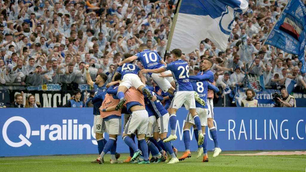 Fußball Schalke Dortmund