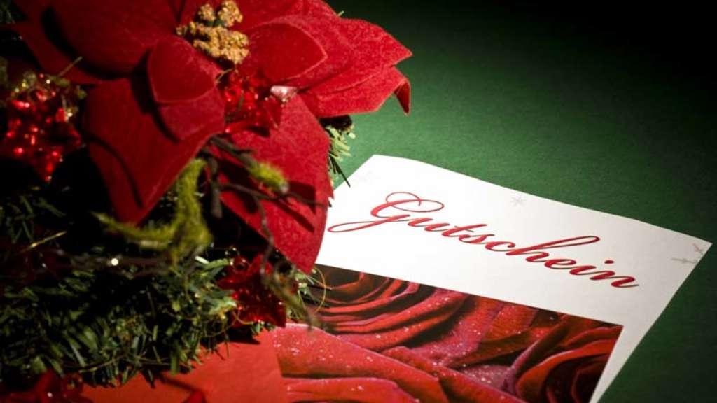 Beliebtes Weihnachtsgeschenk: So viele Gutscheine liegen noch in der ...