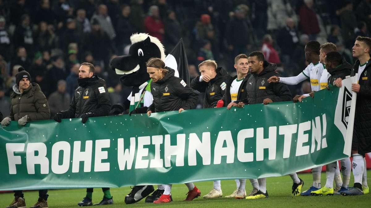 Bvb Frohe Weihnachten.Borussia Dortmund Empfangt Borussia Monchengladbach Zum