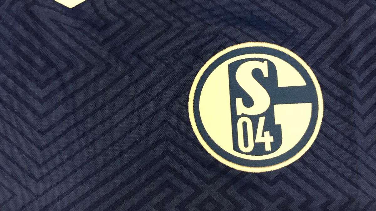 FC Schalke 04 Trikots günstig online kaufen | LadenZeile