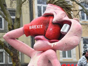49b25988f73f7 Peinlicher Brexit-Albtraum  Dem Land droht eine Revolte