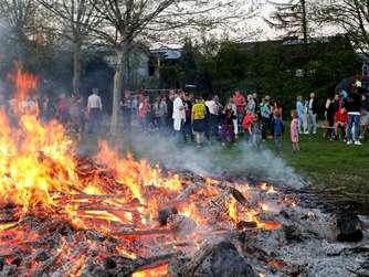 Osterfeuer in Werne