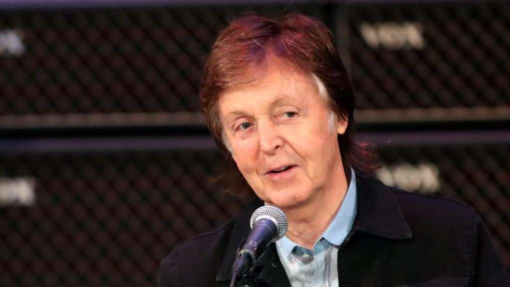 Paul McCartney verwöhnt gerne seine Enkelkinder. Foto: Richard Wainwright/AAP