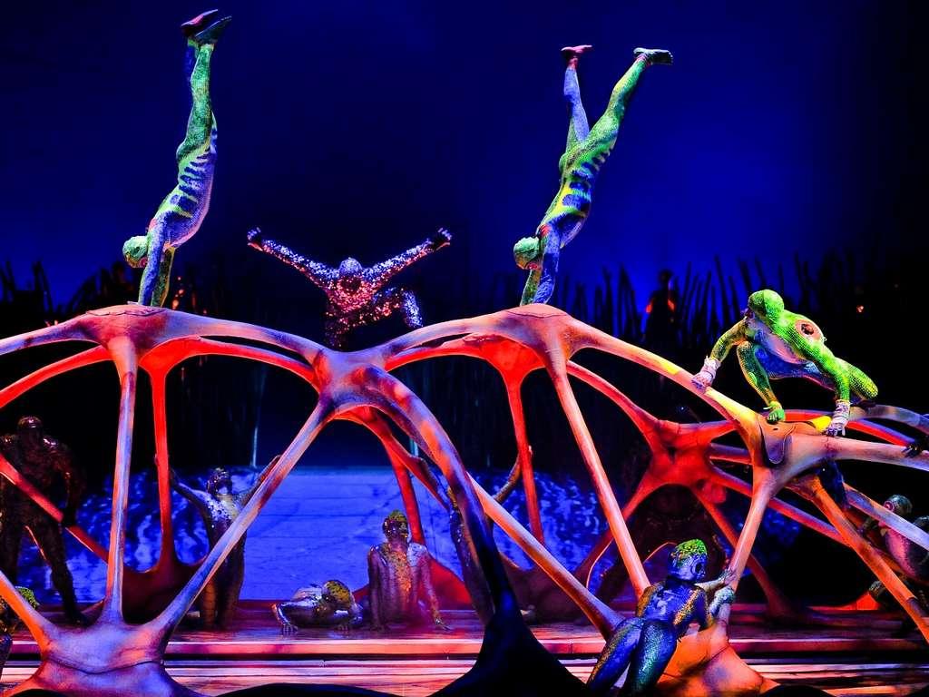 Cirque du Soleil mit Tournee-Programm Totem ab Dezember 2019 in Düsseldorf  Gerresheim - Zirkus im Zelt auf Weltklasse-Niveau