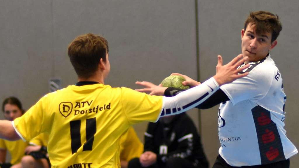 Der Sieg gegen Dorstfeld war die Pflicht, im Spitzenspiel gegen Menden wollen die Bönener um Rico Schröder die Kür folgen lassen.© Boris Baur