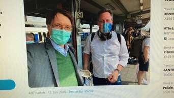 Selfie Am Hauptbahnhof Bei Twitter Karl Lauterbach Und Eckhard Von Hirschhausen Treffen Sich In Hamm Hamm