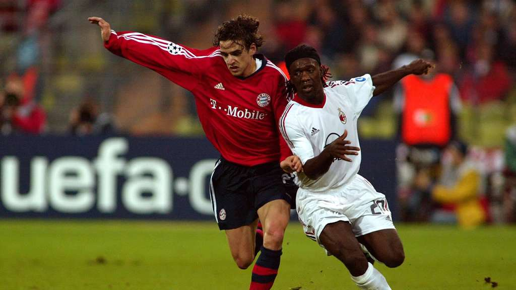 Owen Hargreaves (FC Bayern) im Duell mit Clarence Seedorf (AC Mailand).
