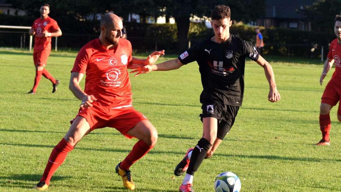 Einer der Routiniers, die Ruhe reinbringen sollen, ist Ismail Budak (links). Doch ihm fehlt noch die Spielpraxis.